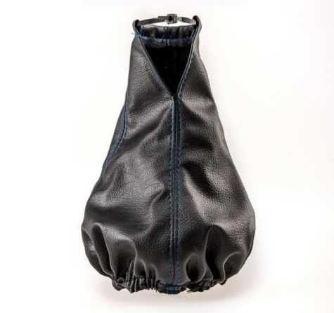 Универсален маншон калъф за скоростен лост от висококачествена еко кожа черен със син шев